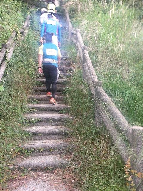 しまなみ海道ウルトラ遠足向島最後の階段