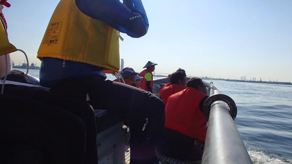 舟での移動