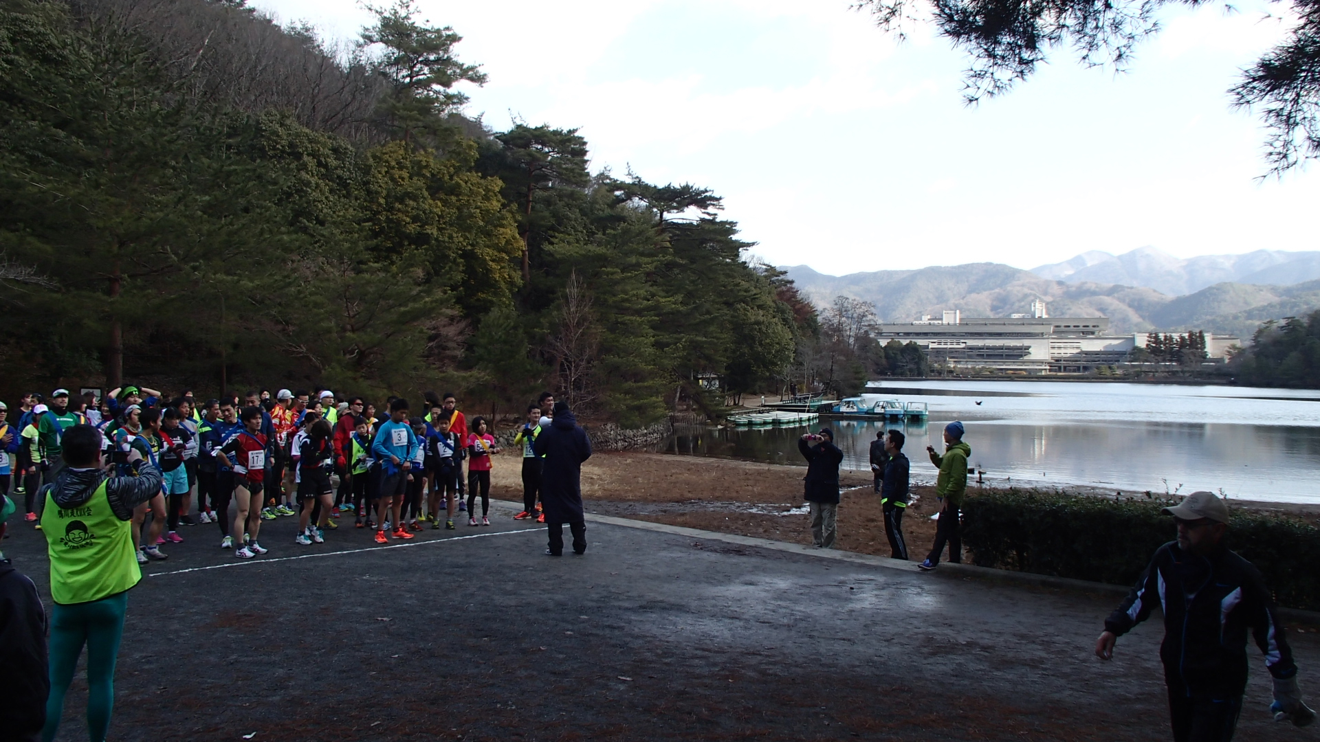 宝ヶ池駅伝競走2015年1月11日午前10時スタート