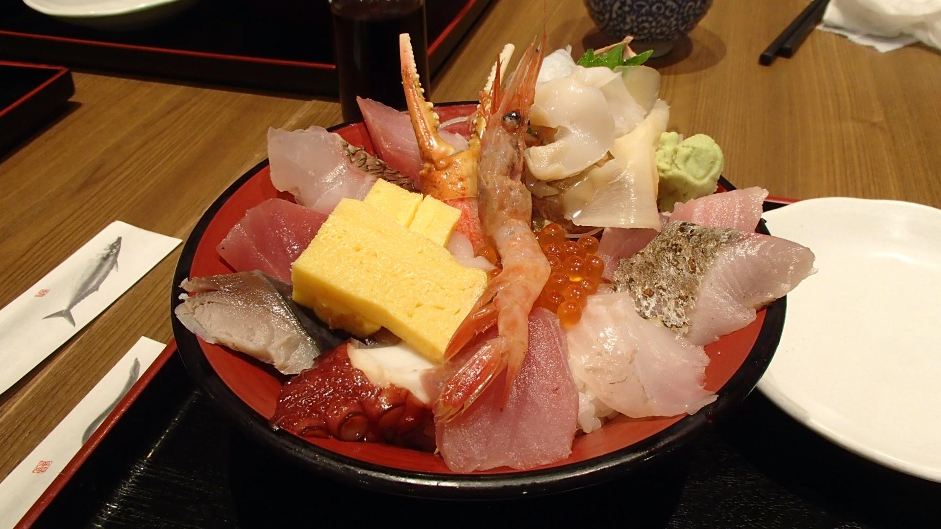 金沢駅の海鮮丼