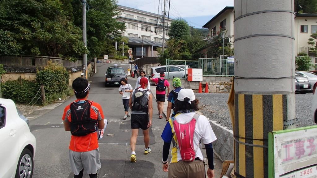 バブテスト病院横から京都トレイルコースへ