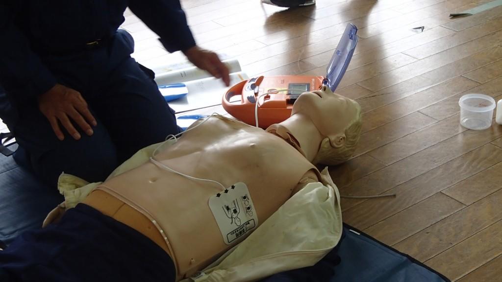 AEDの使用方法