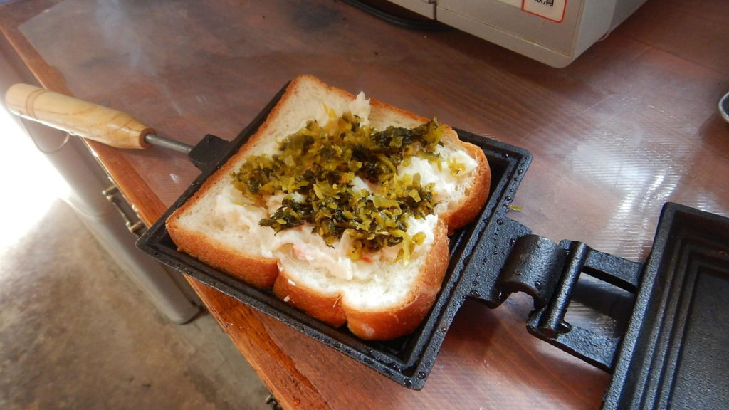 ポテトと高菜のホットサンド